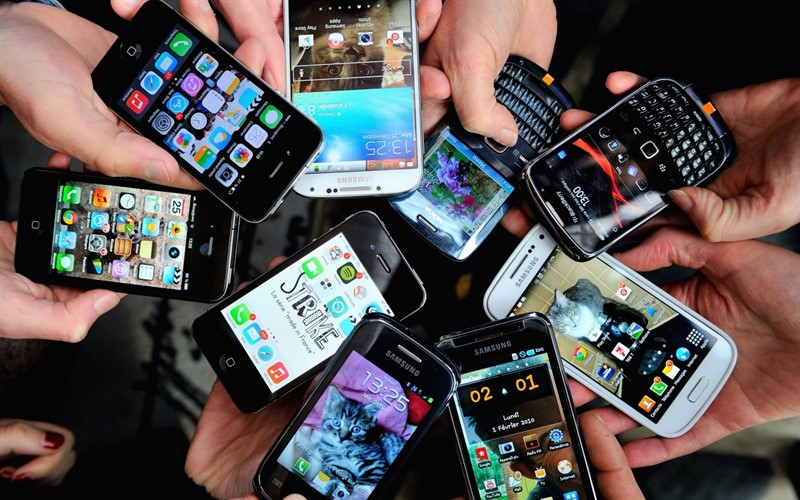 smartphone_use2_800x500.jpg